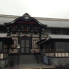 Photo taken at Yamashiro Hollywood by Ye W. on 11/29/2012