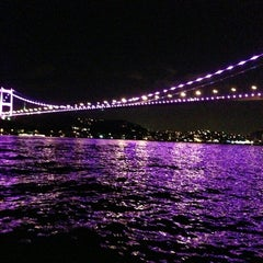 Photo taken at Oba Restaurant & Sultan Cafe by EZGİCAN K. on 5/31/2013