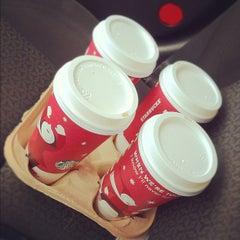 Photo taken at Starbucks by Aaron P. on 11/5/2011