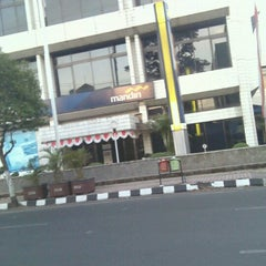 Photo taken at Bank Mandiri by Jamhari R. on 9/1/2012