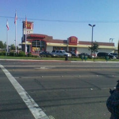 Photo taken at McDonald's by Melondy H. on 9/8/2011
