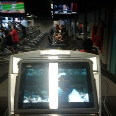 Photo taken at McVeigh Sports & Fitness Center by Marvin a. on 1/5/2012