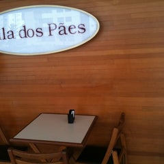 Photo taken at Vila dos Pães by Calvino O. on 1/11/2011