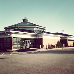 Photo taken at Kennebunk Service Plaza (Northbound) by Asher S. on 4/5/2012