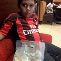 Photo taken at Bread talk - Bekasi Town Square by Deddi B. on 1/22/2012