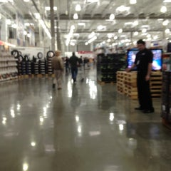 Photo taken at Costco by Magda on 3/30/2012