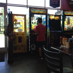 Photo taken at Beef 'O' Brady's by Brent B. on 7/8/2012