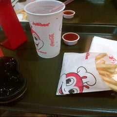 Photo taken at Jollibee by Kathleen V. on 2/14/2012
