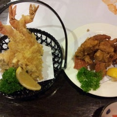 Photo taken at Hyotan Japanese Restaurant by Marrie O. on 9/13/2012
