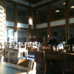 Photo taken at Biblioteca by Carlos V. on 4/19/2012