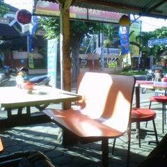 Photo taken at Universitas Teknologi Yogyakarta (UTY) by Taufik I. on 3/18/2013