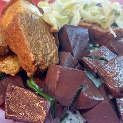 Photo taken at Restoran Puchong Fatt Kee by JL® on 9/12/2014