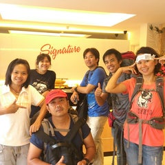 Photo taken at Signature Hotel by AOh J. on 3/17/2013