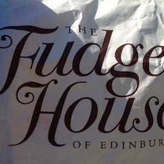 Photo taken at The Fudge House of Edinburgh by Laura W. on 7/10/2014
