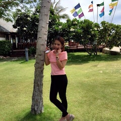Photo taken at Fishermans Village Resort Phetchaburi by Suni B. on 9/5/2015