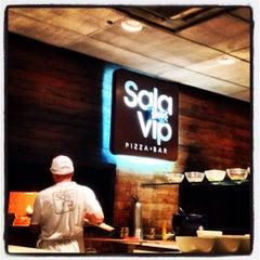 Photo taken at Sala Vip Pizza Bar by Alan B. on 9/27/2013