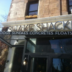Photo taken at Shake Shack by Marc-Andre N. on 3/5/2013