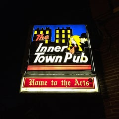 Photo taken at Innertown Pub by Sergio P. on 3/3/2016