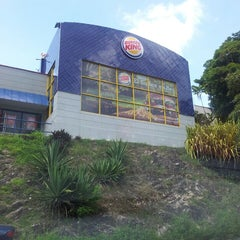 Photo taken at Burger King by Edgardo B. on 6/29/2013