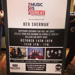 Photo taken at Ben Sherman by Cecilia C. on 10/18/2014