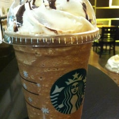 Photo taken at Starbucks (สตาร์บัคส์) by Too K. on 12/18/2012