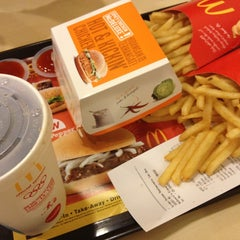 Photo taken at McDonald's by Vince L. on 3/18/2013