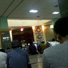 Photo taken at Masjid Al-Muhajirin by ahmad z. on 7/29/2013