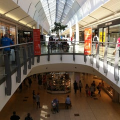 Photo taken at intu Lakeside Shopping Centre by Trevor N C on 8/20/2013