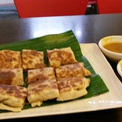 Photo taken at Gokul Vegetarian Restaurant by Chris C. on 12/27/2013