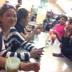 Photo taken at Restoran Syed Ali by Schaqilah S. on 10/25/2014