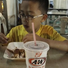 Photo taken at A&W by Win W. on 6/14/2013