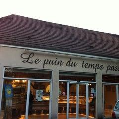 Photo taken at Fournil des Rois by Renaud F. on 11/4/2013
