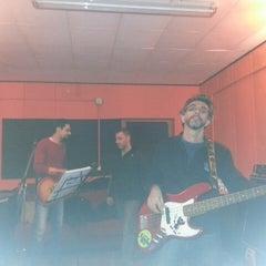 Photo taken at Punto Musica by Simone Z. on 3/23/2013