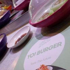 Photo taken at YO! Sushi by Dalal F. on 8/10/2013