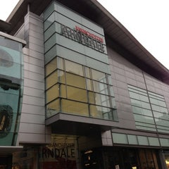 Photo taken at Arndale Shopping Centre by Ryan S. on 11/20/2012