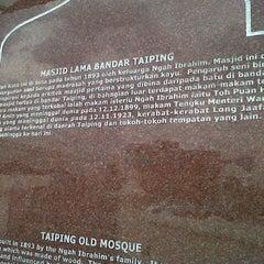 Photo taken at Masjid Taiping by Fazil on 8/10/2013