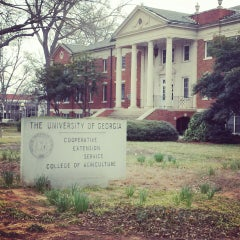 Photo taken at University of Georgia by Jheneal on 3/22/2013