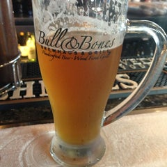 Photo taken at Bull & Bones Brewhaus & Grill by Pete G. on 5/30/2013