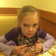 Photo taken at Olive Garden by Nick R. on 12/31/2014