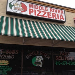 Photo taken at Middle River Pizzeria by Lynda F. on 10/7/2012