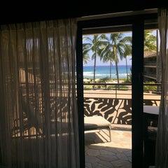 Photo taken at Ko'a Kea Hotel & Resort by Benson C. on 5/6/2015