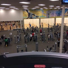 Photo taken at LA Fitness by Victor R. on 2/20/2014