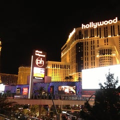 Photo taken at Planet Hollywood Resort & Casino by Jefferson C. on 12/31/2012