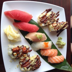 Photo taken at Hon Machi Sushi & Cocktails by Lucie B. on 7/6/2015
