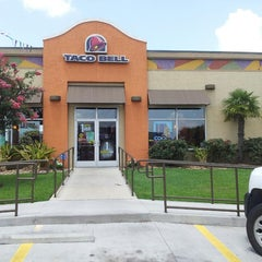 Photo taken at Taco Bell by Kyle P. on 6/20/2013