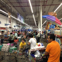 Photo taken at Sam's Club by Eduardo O. on 4/29/2013