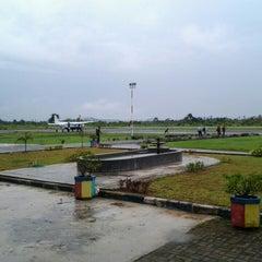 Photo taken at Bandara Kol. RA. Bessing Malinau by Aris Nox R. on 1/25/2014