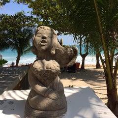 Photo taken at Pariya Resort & Villas Haad Yuan Koh Phangan by Екатерина М. on 1/12/2014