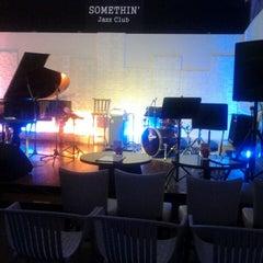 Photo taken at Somethin' Jazz Club by Neiza H. on 4/8/2013