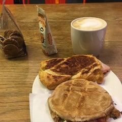 Photo taken at Starbucks by Nicolas C. on 1/31/2016